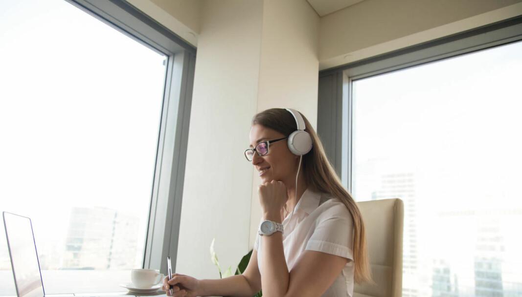 Mange ansatte og studenter ved UiB jobber på hjemmekontoret. IT-avdelingen kommer med råd til hvordan man jobber tryggere hjemmefra.