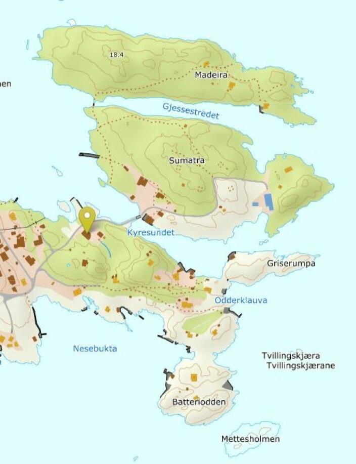 Utsnitt av noregskartet med eigedomen Paradis markert. Legg merke til holmane Sumatra og Madeira som ligg rett nordom.
