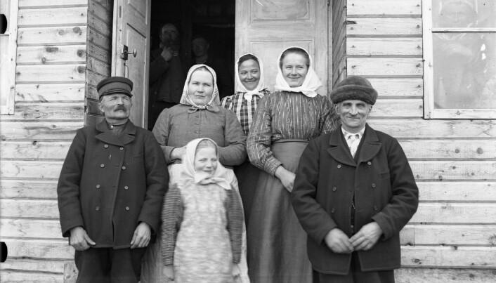 Gruppeportrett, Vittangi, 1912. Me veit ikkje dessverre ikkje namna på nokon i denne lystige gjengen.