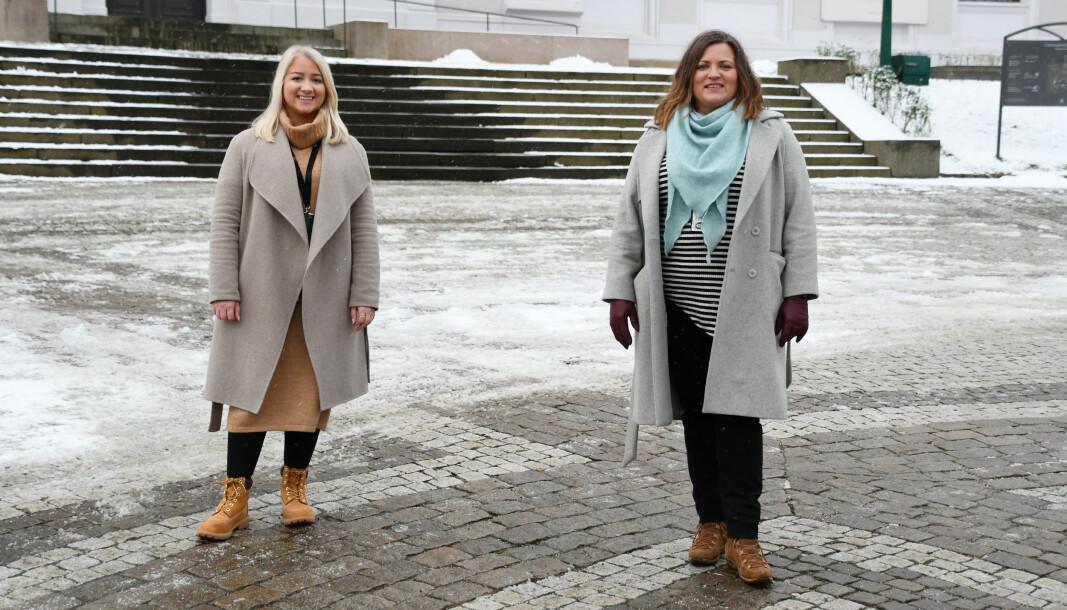 Studentparlamentsleder Sandra Krumsvik og HR-direktør Sonja Irene Dyrkorn.