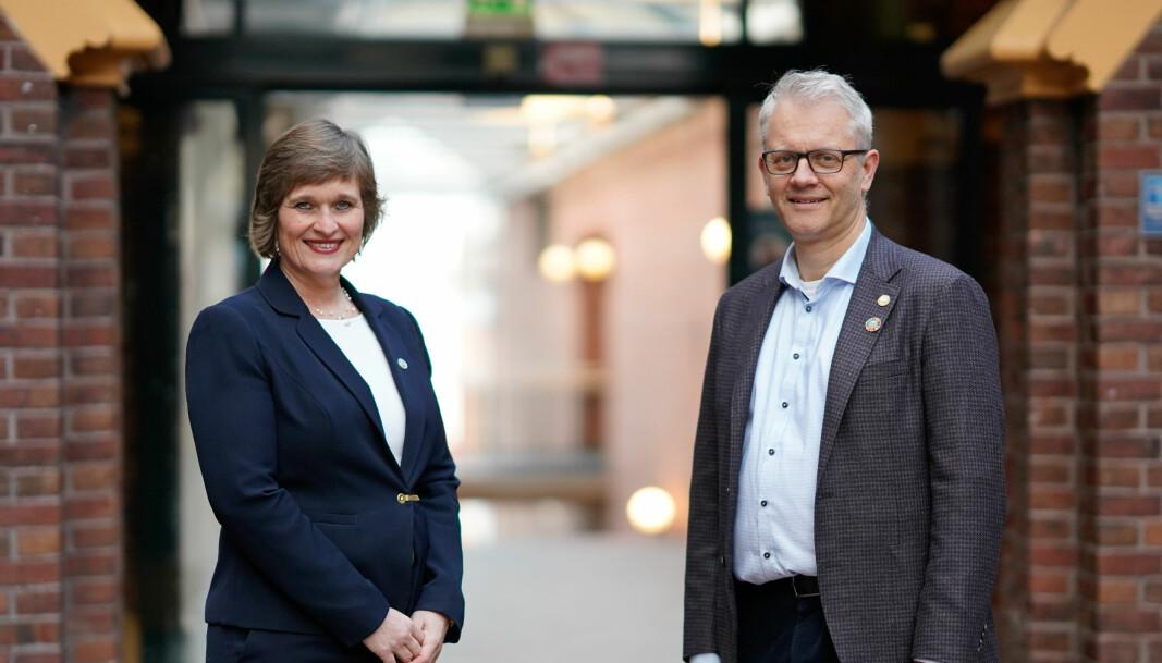 Professor Oddrun Samdal (rektorkandidat) og professor Nils Gunnar Kvamstø (prorektorkandidat).