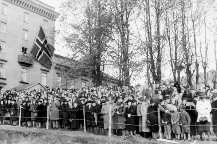Universitetets grunnstensnedleggelse 1946 fotografert av Franz Blaha.