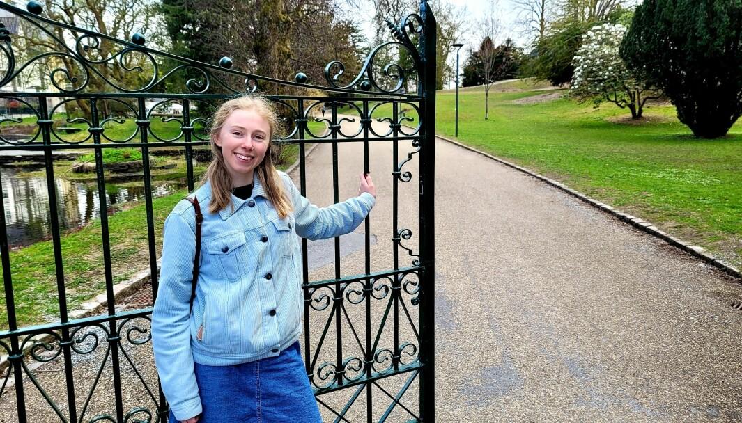 Leder for Høydenfestivalen Emma Bø gleder seg til åpne porten til Nygårdsparken og slippe inn publikum.