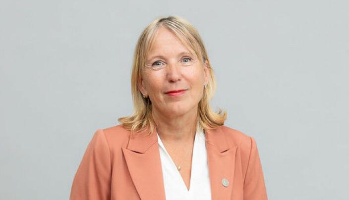 Margareth Hagen vil få overrakt rektorkjedet sitt av studentene under seremonien.